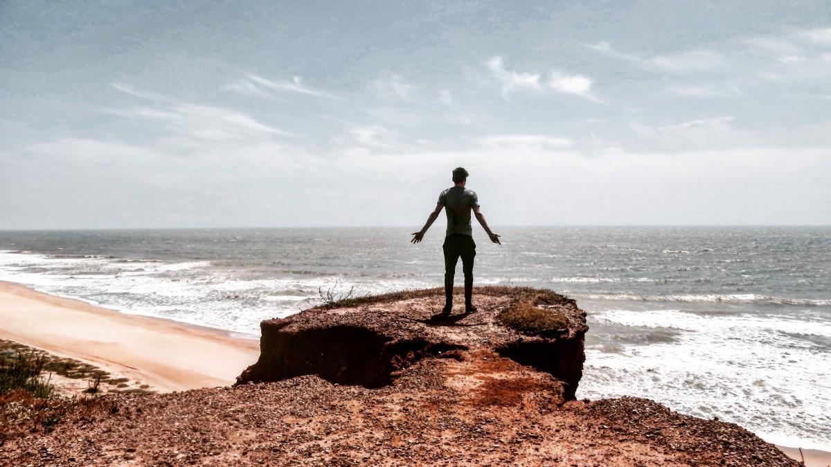 Wanderulaub-Algarve Abenteuer Backpacking Portugal Strand Beach tracking view