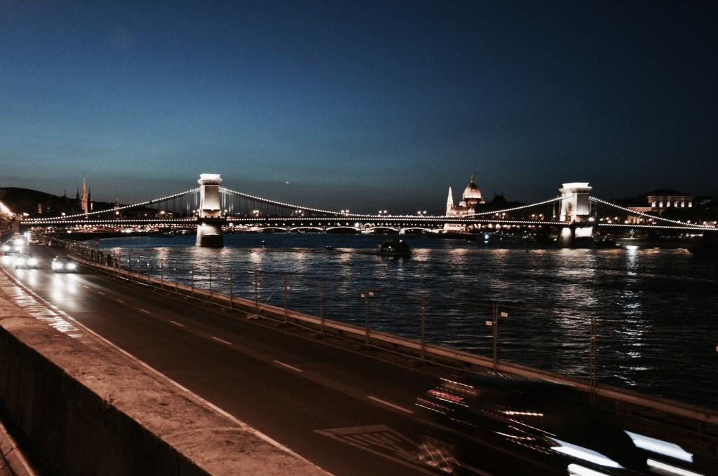 Budapest at night nachts bilder Langzeitbelichtung
