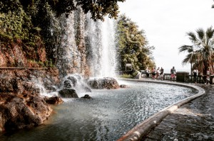 Nizza Wasserfall Stadt Sightseeing Mittelmeer Reisebericht Reisen Blog